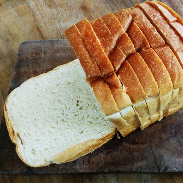 white bread 600px square